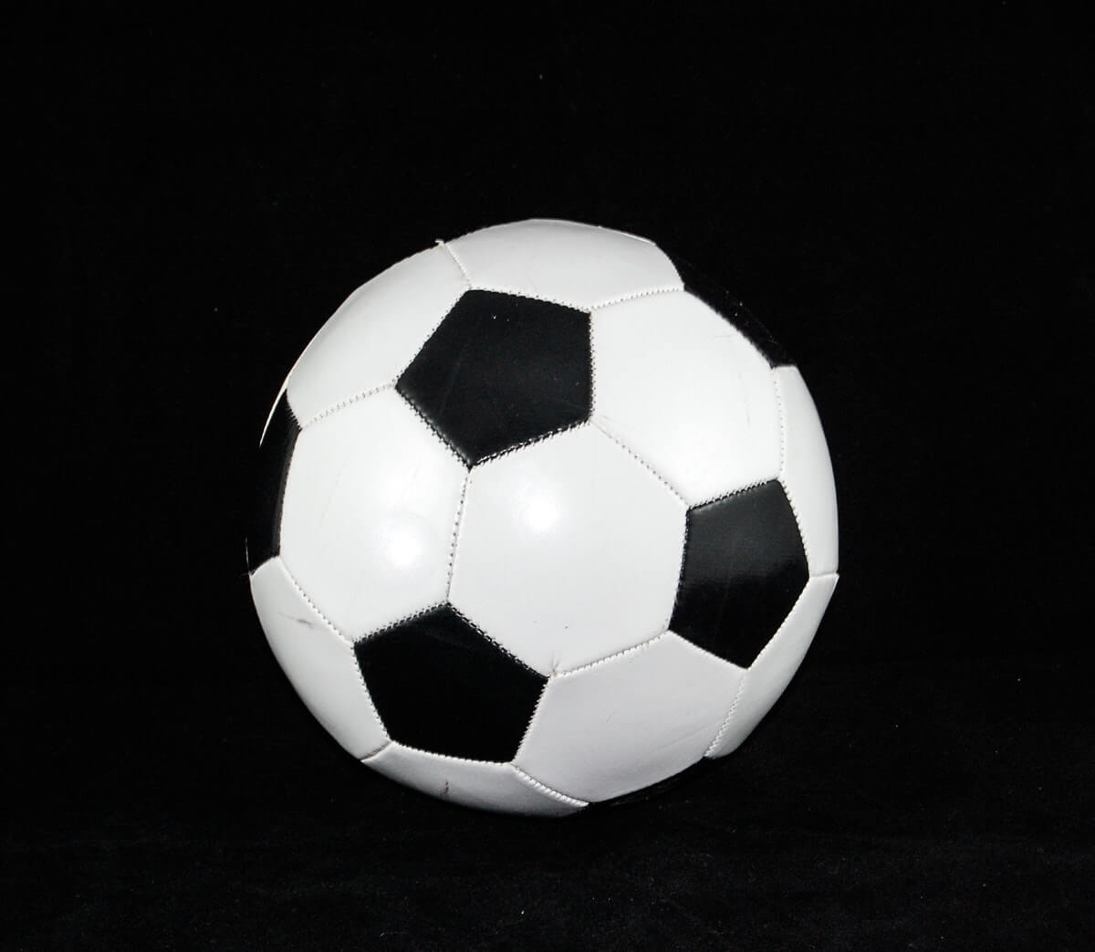 ball-soccer-soccer-ball-52504-pexels (1)